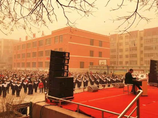 吟飞电子管风琴校园公益社团启动   典礼现场