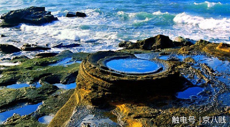 涠洲岛,位于广西壮族自治区北海市北部湾海域中部.
