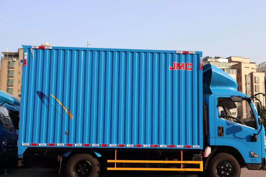 一位拥有30多辆轻卡车车主与江铃品牌结缘的故事