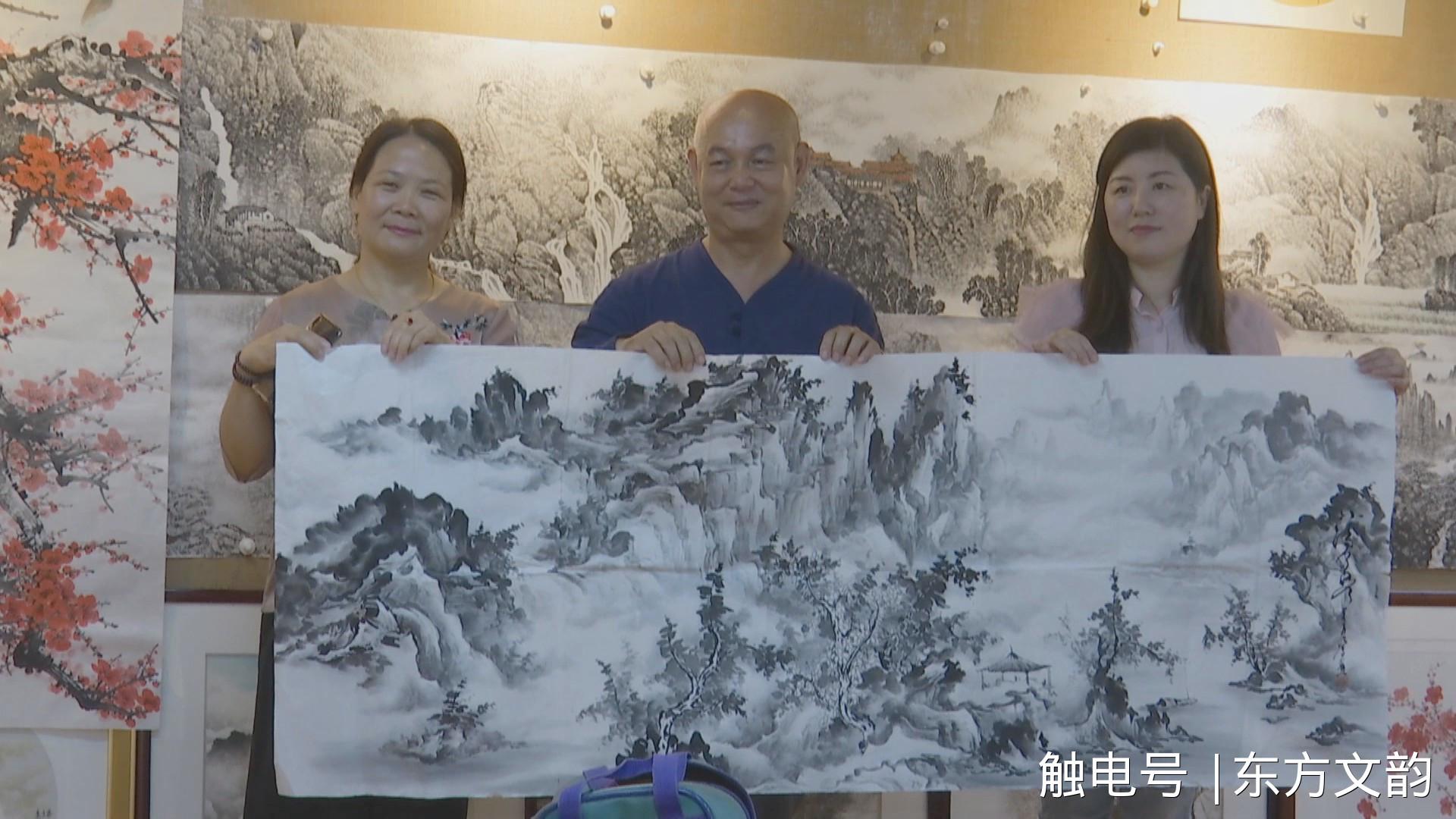 台湾南菁艺术学院院长柯沛鸿向铜陵金陵画院赠画