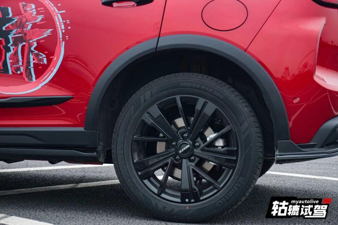 轱辘试驾 动如赤兔,年轻人最想要的运动型SUV!