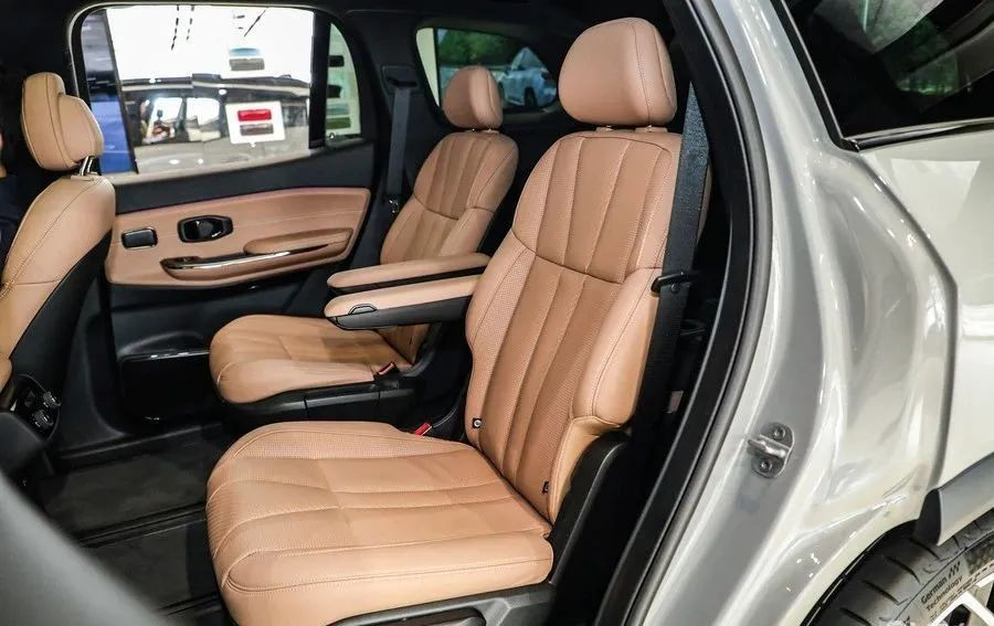 7座车六年免检,购车别只看MPV,这几款7座SUV也很实用!